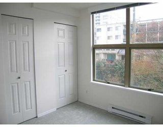 """Photo 8: 200 328 CLARKSON Street in New_Westminster: Downtown NW Condo for sale in """"HIGHBOURNE TOWER"""" (New Westminster)  : MLS®# V706591"""
