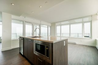 Photo 8: 2504 258 NELSON'S Court in New Westminster: Sapperton Condo for sale : MLS®# R2543200
