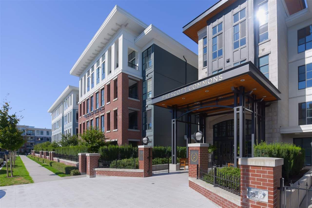 """Main Photo: 228 15137 33 Avenue in Surrey: Morgan Creek Condo for sale in """"Harvard Gardens"""" (South Surrey White Rock)  : MLS®# R2521792"""