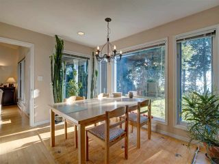 Photo 16: 7891 REDROOFFS Road in Halfmoon Bay: Halfmn Bay Secret Cv Redroofs House for sale (Sunshine Coast)  : MLS®# R2507576