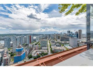 """Photo 35: 1704 128 W CORDOVA Street in Vancouver: Downtown VW Condo for sale in """"WOODWARDS"""" (Vancouver West)  : MLS®# R2592545"""