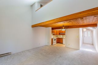 Photo 5: 201 2341 Harbour Rd in : Si Sidney North-East Row/Townhouse for sale (Sidney)  : MLS®# 882410