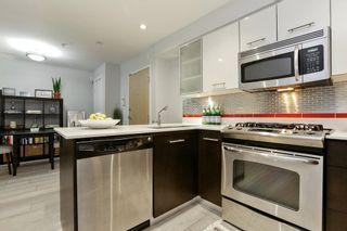 """Photo 5: 204 935 W 16TH Street in North Vancouver: Hamilton Condo for sale in """"GATEWAY"""" : MLS®# R2320288"""