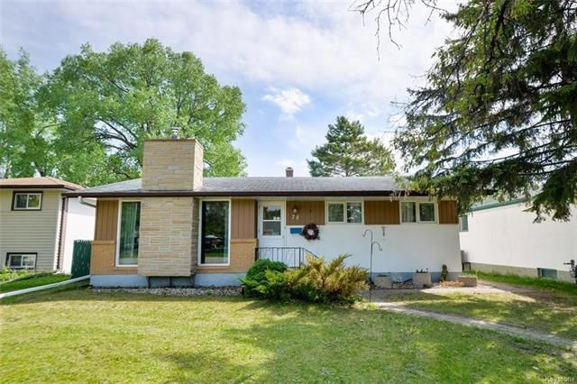 Main Photo: 75 Amarynth Crescent in Winnipeg: Crestview Residential for sale (5H)  : MLS®# 1813661