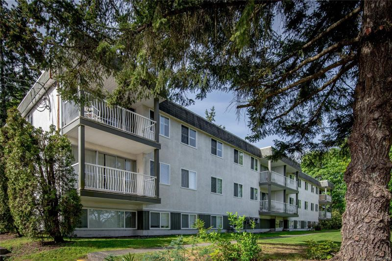 FEATURED LISTING: 4302 - 997 Bowen Rd
