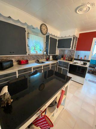 Photo 11: 70 Borden Street in Sydney: 201-Sydney Residential for sale (Cape Breton)  : MLS®# 202121190