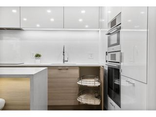"""Photo 7: 1210 1050 BURRARD Street in Vancouver: Downtown VW Condo for sale in """"WALL CENTRE"""" (Vancouver West)  : MLS®# R2587308"""