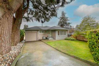 Main Photo: 2342 LAWSON Avenue in West Vancouver: Dundarave House for sale : MLS®# R2576557