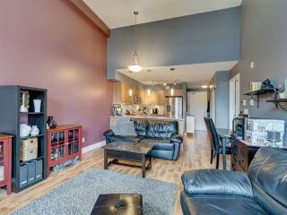 Photo 7: 302 5682 WHARF Avenue in Sechelt: Sechelt District Condo for sale (Sunshine Coast)  : MLS®# R2547939