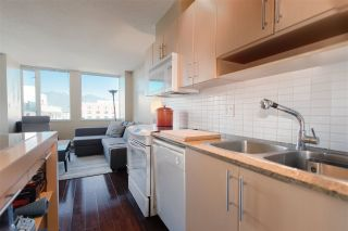Photo 5: 806 550 TAYLOR STREET in Vancouver: Downtown VW Condo for sale (Vancouver West)  : MLS®# R2199033