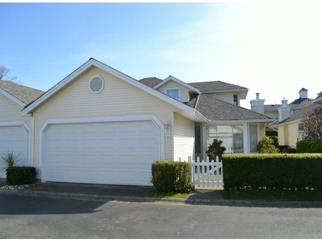 """Main Photo: 21 9208 208TH Street in Langley: Walnut Grove Townhouse for sale in """"CHURCHILL PARK"""" : MLS®# F1408663"""