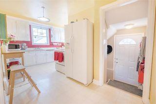 Photo 5: 1041 Manahan Avenue in Winnipeg: West Fort Garry Residential for sale (1Jw)  : MLS®# 202004056