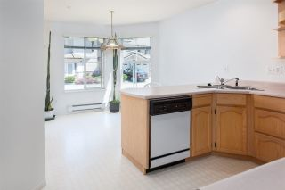 """Photo 12: 33 19060 FORD Road in Pitt Meadows: Central Meadows Townhouse for sale in """"Regency Court"""" : MLS®# R2170319"""