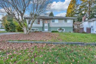 Photo 1: 10455 155A Street in Surrey: Guildford House for sale (North Surrey)  : MLS®# R2521098