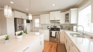 Photo 5: 34825 MCCABE Place in Abbotsford: Abbotsford East House for sale : MLS®# R2590393