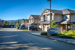 Photo 1: 230 4699 Muir Rd in : CV Courtenay East Row/Townhouse for sale (Comox Valley)  : MLS®# 864358