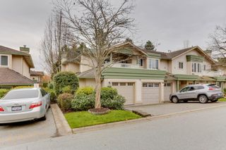 """Photo 1: 248 13888 70 Avenue in Surrey: East Newton Townhouse for sale in """"Chelsea Gardens"""" : MLS®# R2516889"""