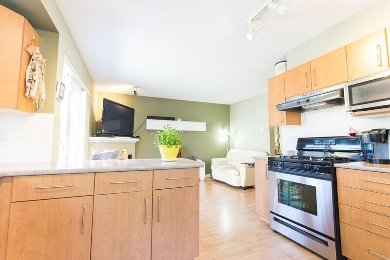 """Photo 9: Photos: 9181 CAMERON Street in Burnaby: Sullivan Heights Townhouse for sale in """"STONEBROOK"""" (Burnaby North)  : MLS®# R2170237"""