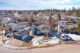 Photo 3: 117 Ross Haven Drive: Fort McMurray Detached for sale : MLS®# A1089484