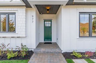 Photo 3: 977 KASLO Street in Vancouver: Renfrew VE 1/2 Duplex for sale (Vancouver East)  : MLS®# R2619440