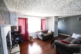 Photo 2: 621 2nd Avenue Southeast in Swift Current: South East SC Residential for sale : MLS®# SK771633