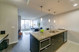 """Photo 3: 2201 7088 18TH Avenue in Burnaby: Edmonds BE Condo for sale in """"Park 360 by Cressey"""" (Burnaby East)  : MLS®# R2555087"""