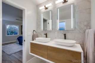 Photo 6: POINT LOMA House for sale : 3 bedrooms : 978 Manor Way in San Diego