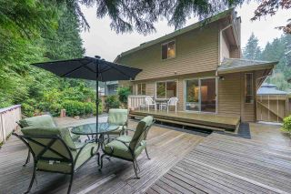 """Photo 10: 4722 UNDERWOOD Avenue in North Vancouver: Lynn Valley House for sale in """"Timber Ridge"""" : MLS®# R2401489"""