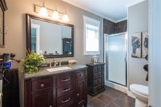 "Photo 13: 36029 VILLAGE Knoll in Abbotsford: Abbotsford East House for sale in ""Mountain Village"" : MLS®# R2062189"