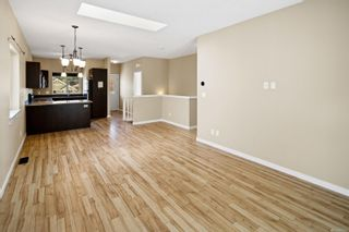 Photo 8: 3157 Kettle Creek Cres in : La Langford Lake House for sale (Langford)  : MLS®# 882707