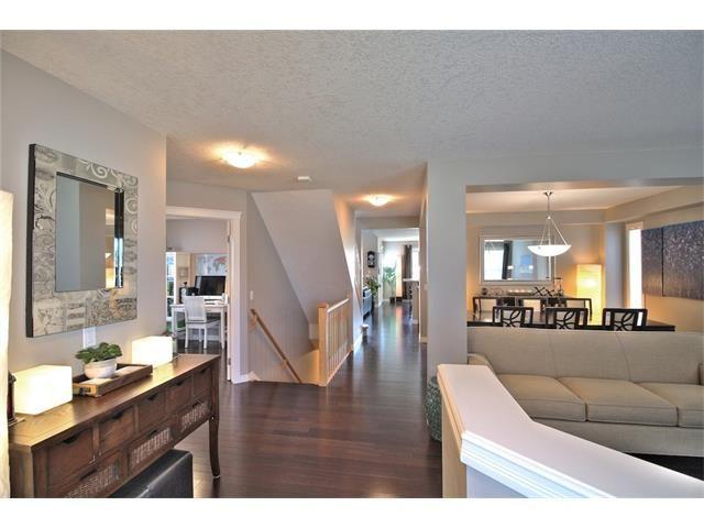 Photo 10: Photos: 30 EVERHOLLOW Heath SW in Calgary: Evergreen House for sale : MLS®# C4068362