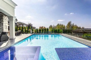 Photo 26: 909 BURNWOOD Avenue in Burnaby: Simon Fraser Univer. House for sale (Burnaby North)  : MLS®# R2492584