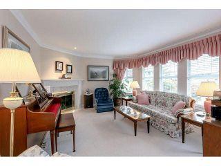 """Photo 2: 54 15860 82 Avenue in Surrey: Fleetwood Tynehead Townhouse for sale in """"Oak Tree"""" : MLS®# F1438812"""