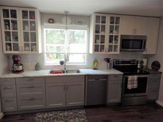 Photo 3: 7863 FAWN ROAD in Halfmoon Bay: Halfmn Bay Secret Cv Redroofs House for sale (Sunshine Coast)  : MLS®# R2375665