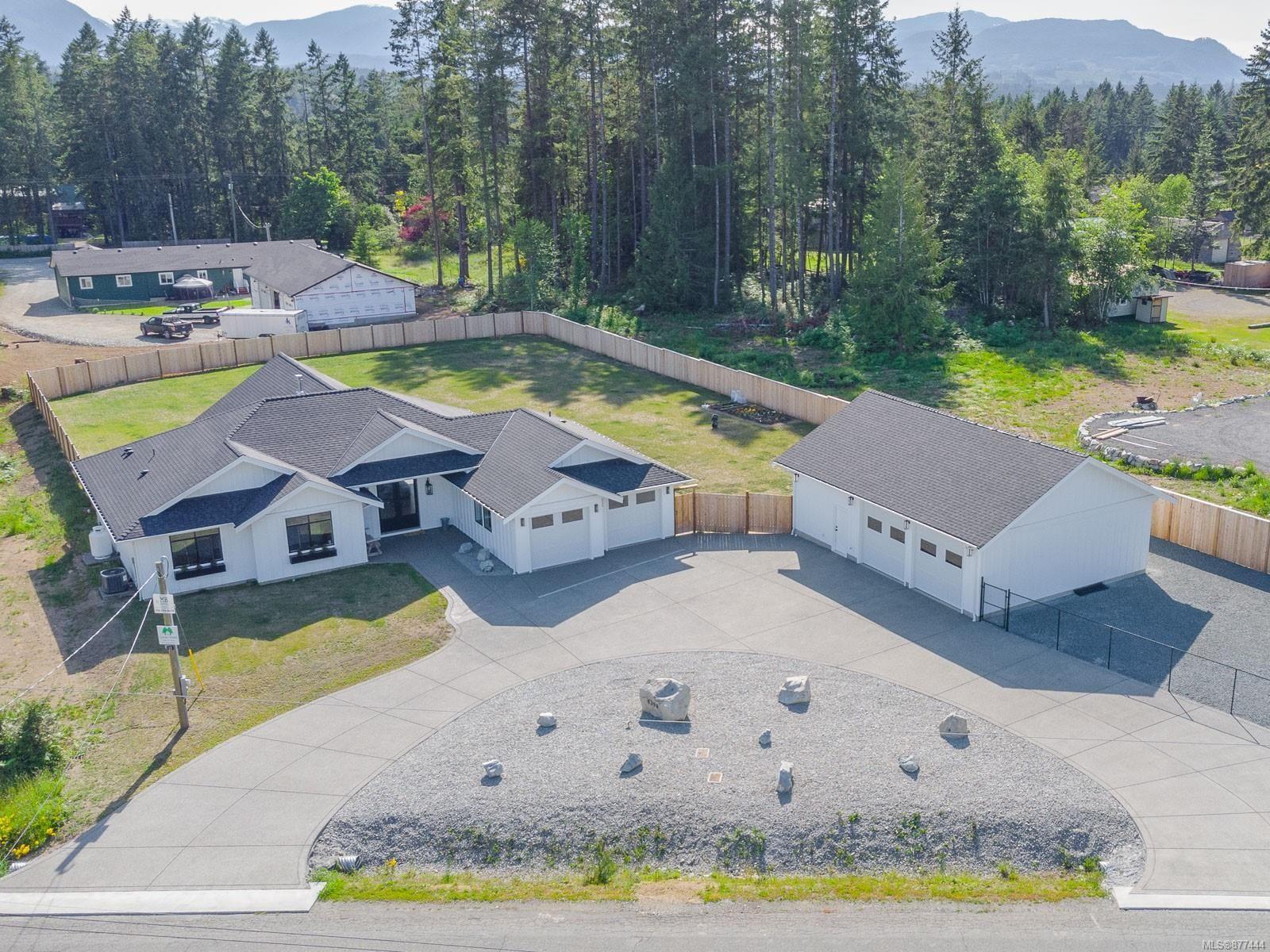 Main Photo: 6390 Fayette Rd in : PA Alberni Valley House for sale (Port Alberni)  : MLS®# 877444