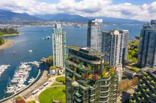 """Photo 34: PH3 555 JERVIS Street in Vancouver: Coal Harbour Condo for sale in """"HARBOURSIDE PARK II"""" (Vancouver West)  : MLS®# R2578170"""