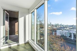 """Photo 11: 304 1819 W 5TH Avenue in Vancouver: Kitsilano Condo for sale in """"WEST FIVE"""" (Vancouver West)  : MLS®# R2605726"""