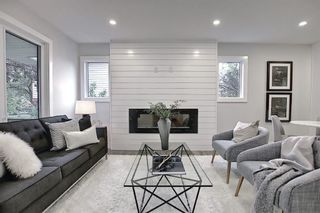 Photo 2: 428 Queensland Place SE in Calgary: Queensland Detached for sale : MLS®# A1123747