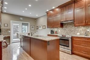 Photo 7: 36 Prominence Point SW in Calgary: Patterson Semi Detached for sale : MLS®# C4279662