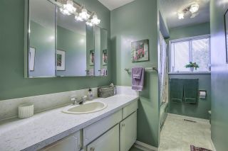 Photo 18: 15815 THRIFT Avenue: White Rock House for sale (South Surrey White Rock)  : MLS®# R2480910