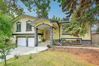 Photo 3: 1919 Bay Shore Road SW in Calgary: Bayview Detached for sale : MLS®# A1129407