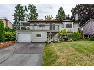 Photo 1: 11830 GEE Street in Maple Ridge: East Central House for sale : MLS®# R2403940