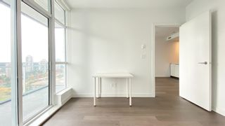 """Photo 11: 2205 4670 ASSEMBLY Way in Burnaby: Metrotown Condo for sale in """"Station Square"""" (Burnaby South)  : MLS®# R2625336"""