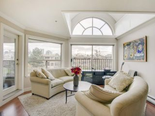 """Photo 4: 408 525 WHEELHOUSE Square in Vancouver: False Creek Condo for sale in """"HENLEY COURT"""" (Vancouver West)  : MLS®# R2123953"""
