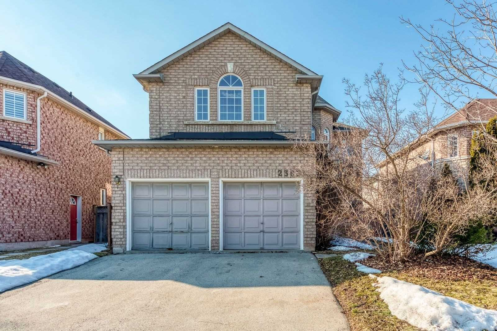 Main Photo: 2363 East Gate Crescent in Oakville: River Oaks House (2-Storey) for sale : MLS®# W5136663