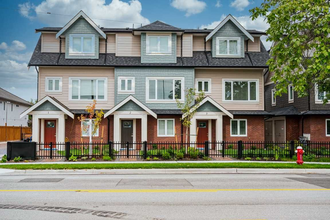 """Main Photo: 11 6551 WILLIAMS Road in Richmond: Woodwards Townhouse for sale in """"NOOR GARDENS"""" : MLS®# R2486835"""