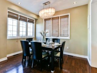 Photo 5: 2461 Felhaber Cres in Oakville: Iroquois Ridge North Freehold for sale : MLS®# W4071981