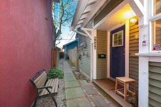 Photo 2: 2017 KITCHENER Street in Vancouver: Grandview Woodland 1/2 Duplex for sale (Vancouver East)  : MLS®# R2532642