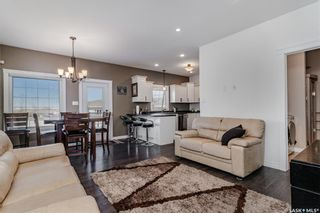 Photo 6: 344 1ST Avenue North in Martensville: Residential for sale : MLS®# SK852671