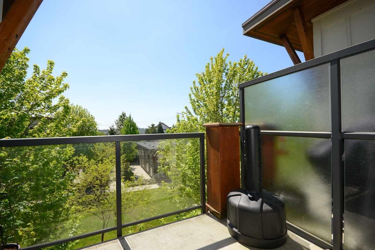 """Photo 11: Photos: 405 15988 26 Avenue in Surrey: Grandview Surrey Condo for sale in """"THE MORGAN"""" (South Surrey White Rock)  : MLS®# R2276141"""